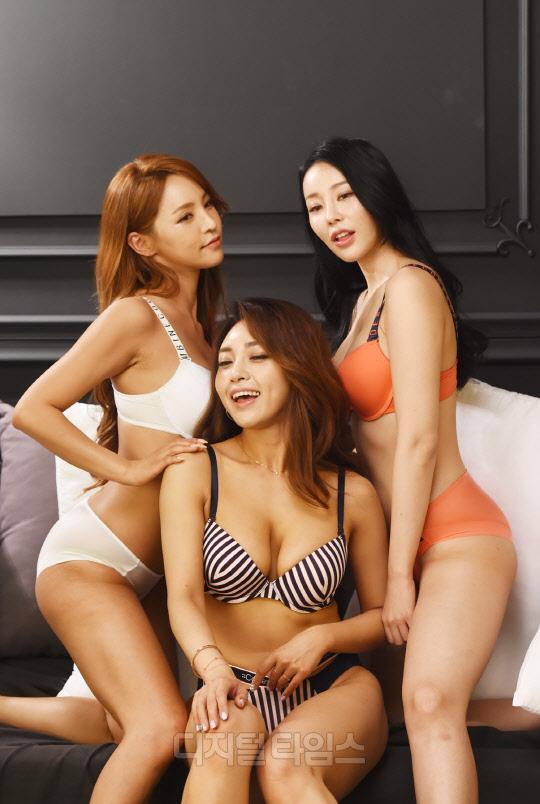[포토]머슬마니아 김연아-김가희-안소정 `맥스큐 8월호 촬영 중`